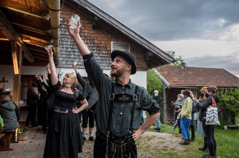 Festival Supergau für zeitgenössische KUnst (18 Projekte vom 14.-24.05.2021).   Künstlerische Leitung: Tina Hein und Theo Deutinger   Projekt